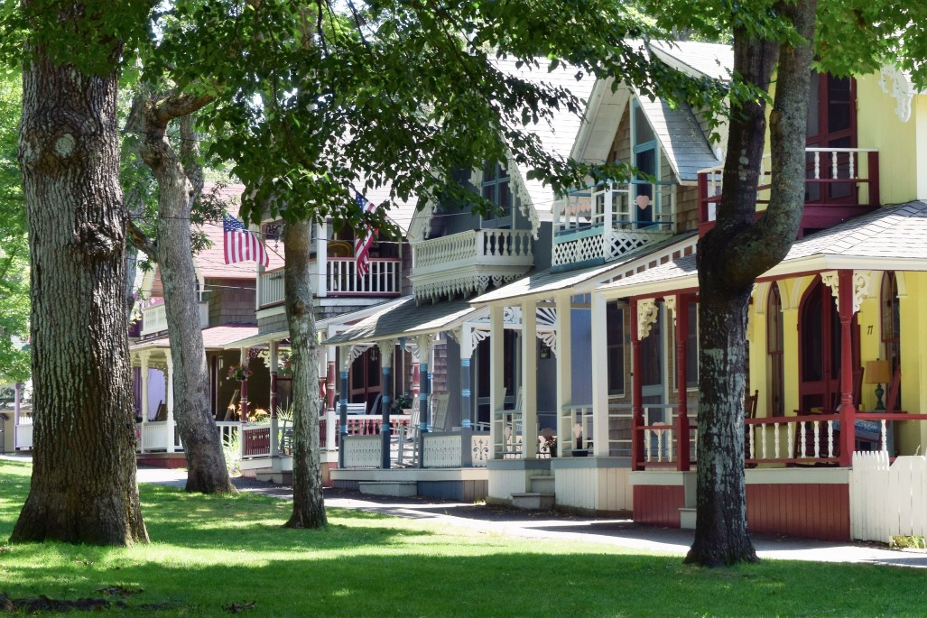 New England's most Picturesque Coastal Towns & Harbors