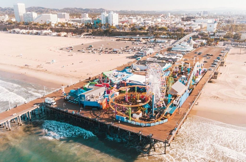 Charter a bus to Santa Monica Pier