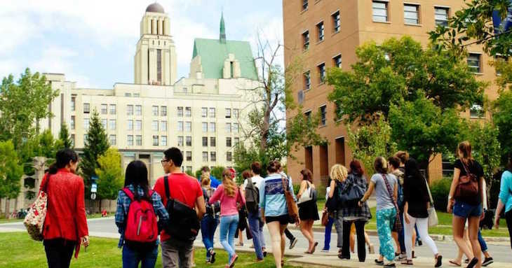 Rent a charter bus for your UdeM campus tour in Montreal.