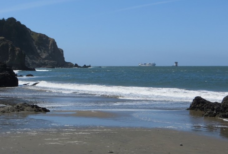 Rent a charter bus to China Beach, San Francisco.
