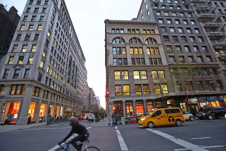 Rent a charter bus to Parsons School of Design on your NYC university campus bus tour.