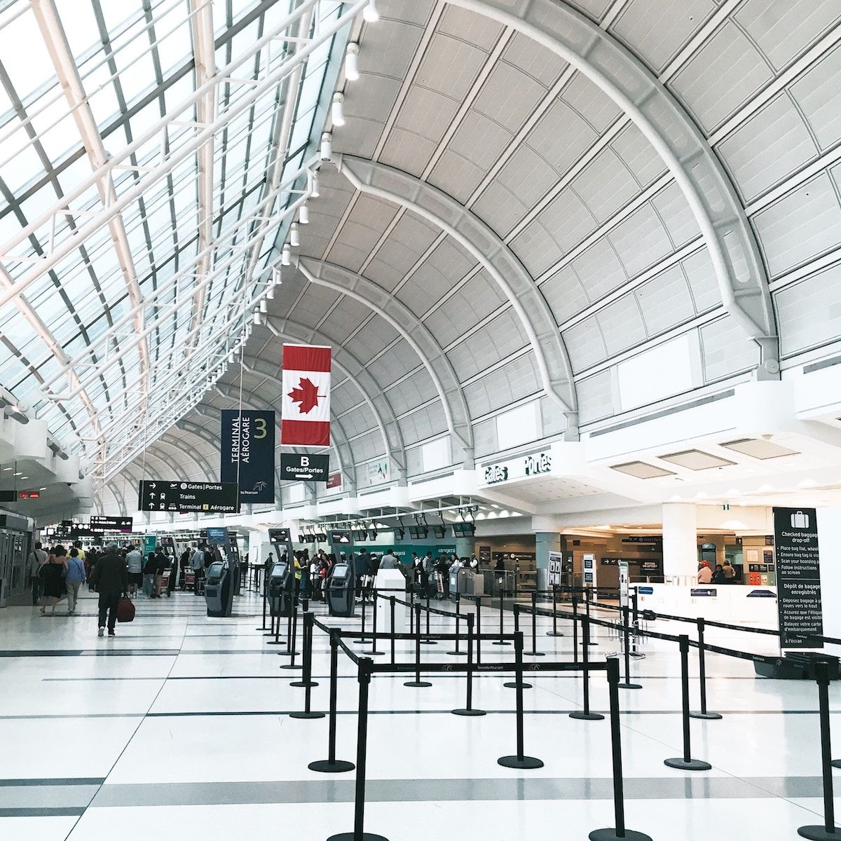 Toronto Guide to Airport Bus Rentals
