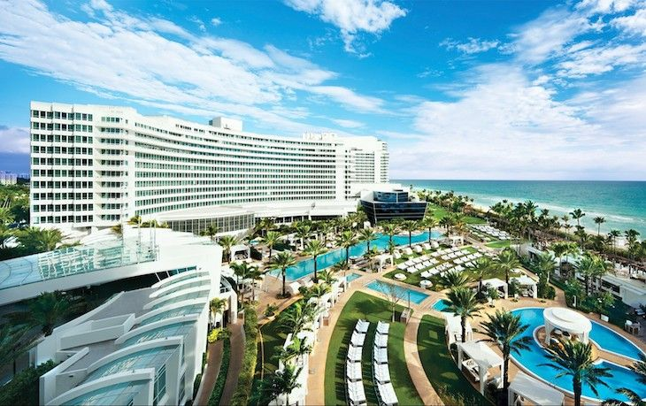 Rent a Miami charter bus rental to Fontainebleau Hotel.