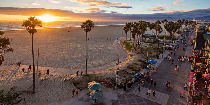 Los Angeles charter bus rentals to Venice Beach.