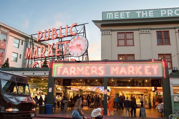 Charter bus rentals to Pike Place Market.