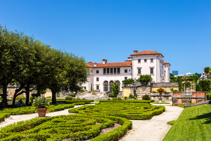 Miami charter bus rentals to Vizcaya Museum and Gardens.