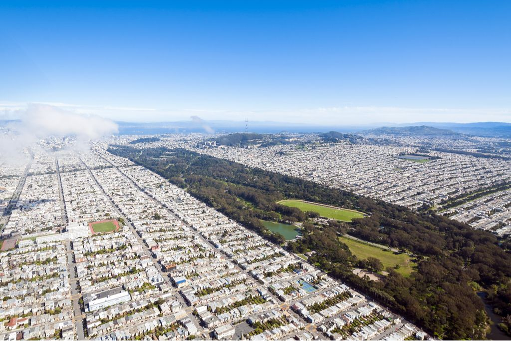 Charter a bus to Golden Gate Park