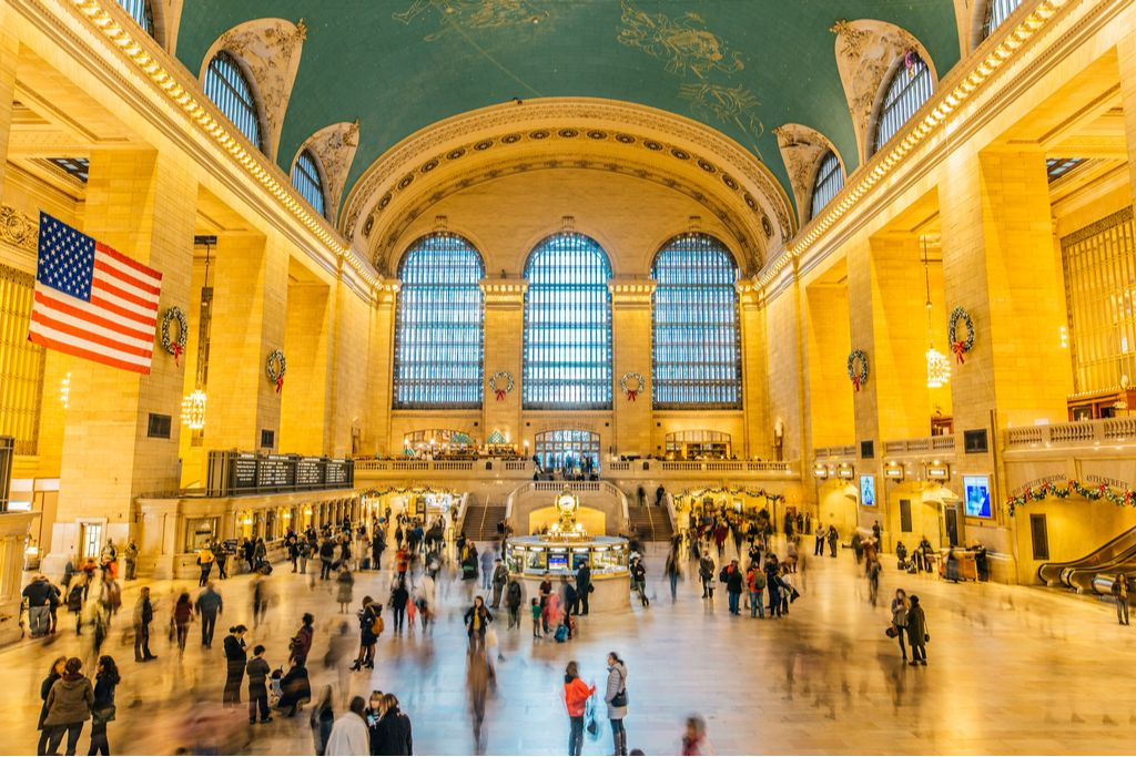 Charter a bus to Grand Central Terminal