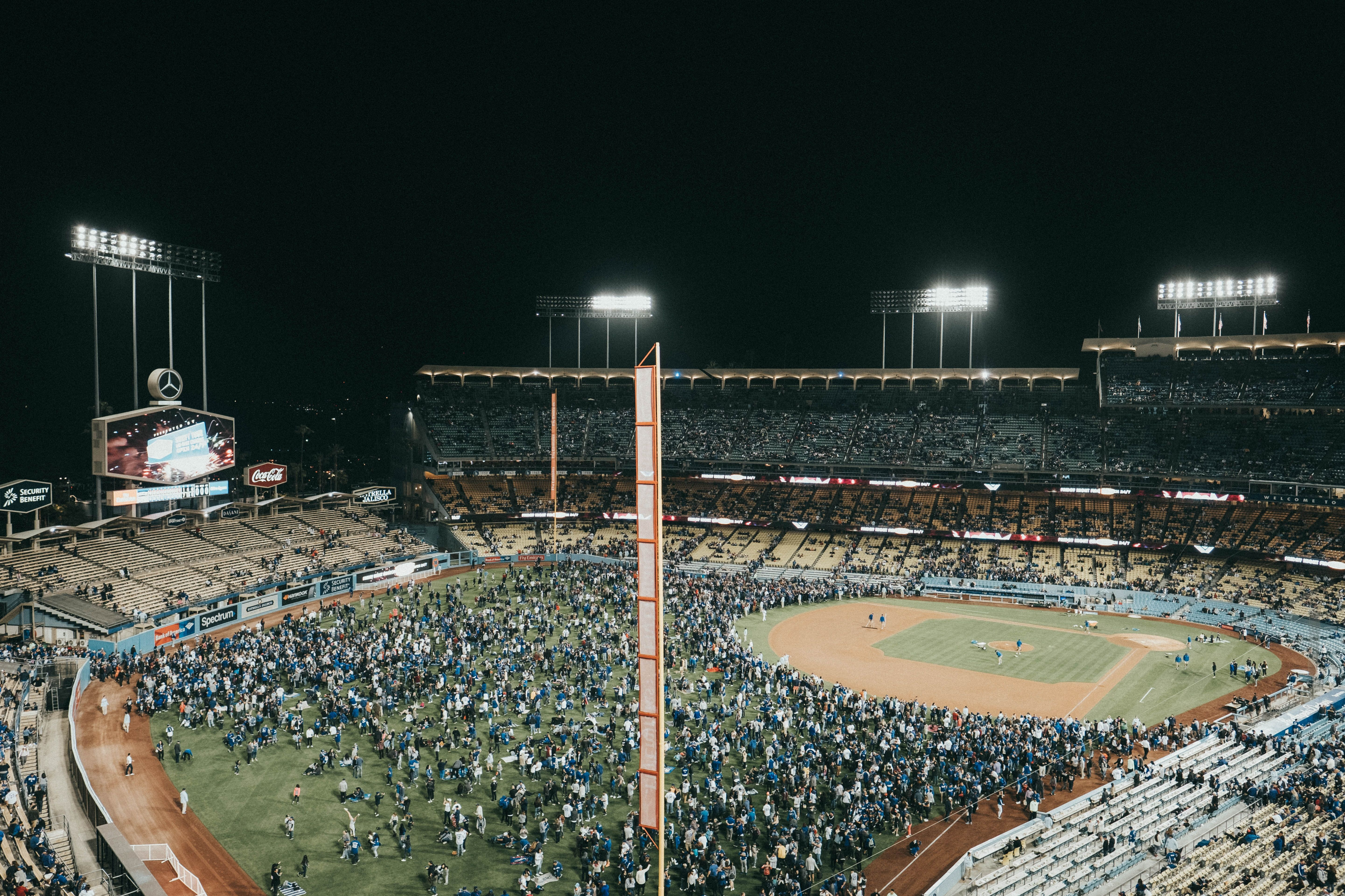 Dodger Stadium charter bus rentals