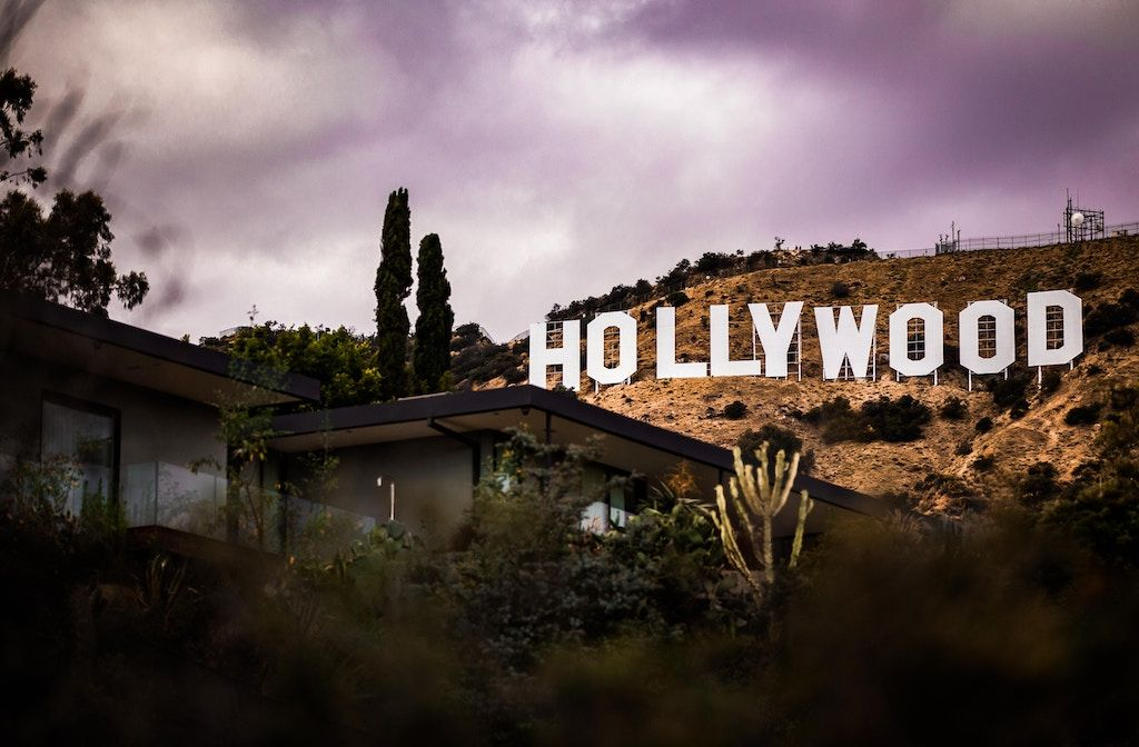 Hollywood charter bus rentals