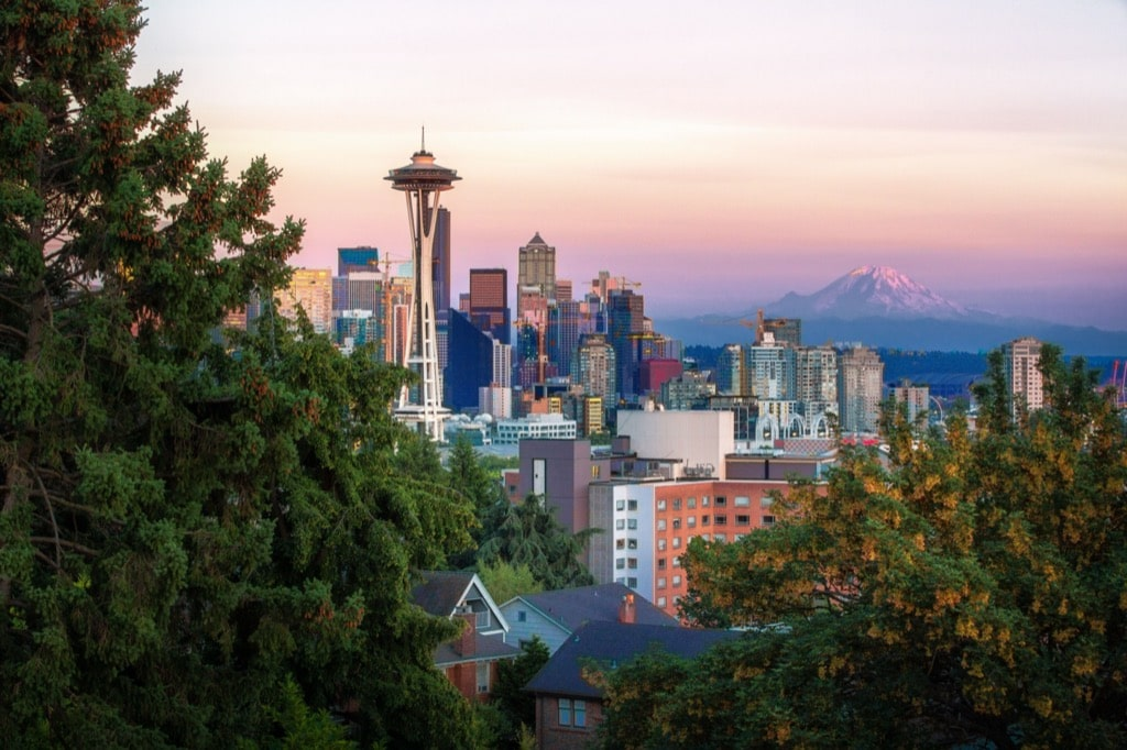Seattle charter bus rentals for your every need.