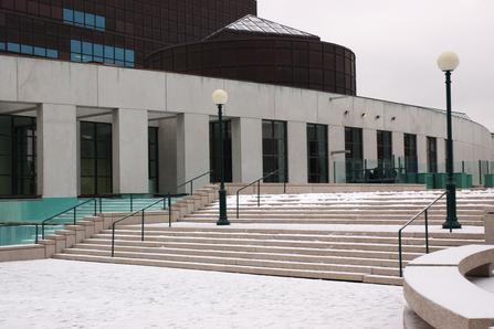 Charter a bus to Musée d'art Contemporain de Montréal