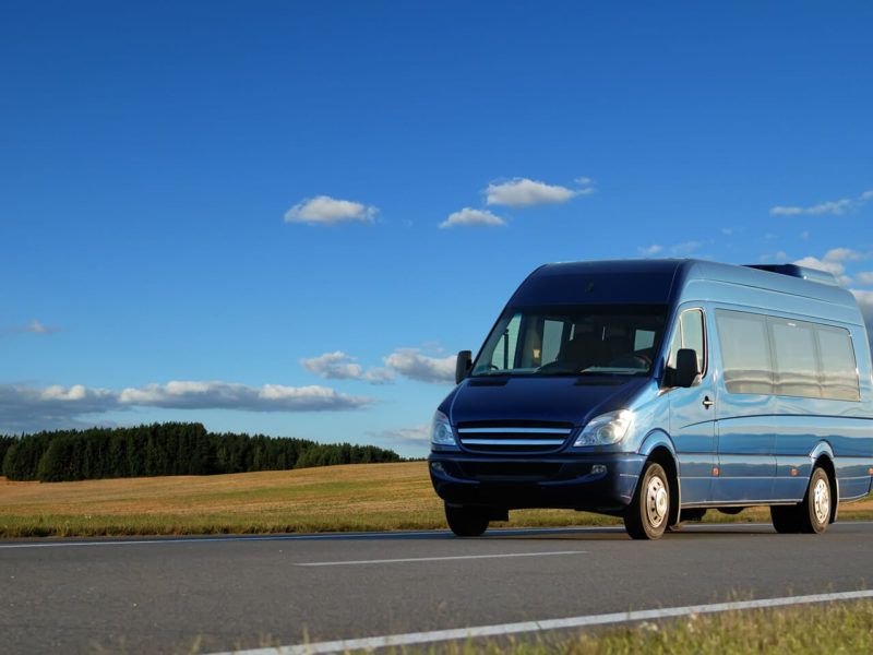Bus.com - Sprinter van without driver